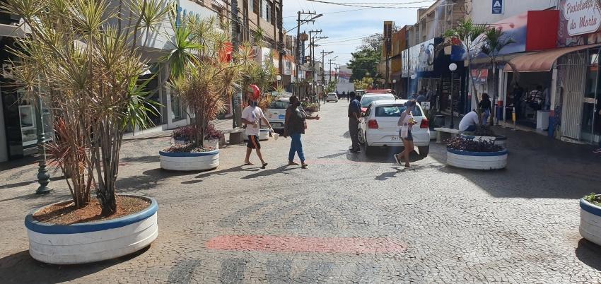 Sindicato dos Comerciários e do Comércio assinam acordo que garante direitos aos empregos que irão trabalhar no dia 7 de setembro em Ourinhos