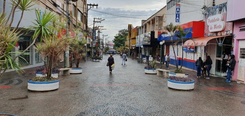 Prefeito Lucas Pocay não publicará decreto restringindo atividade econômica, mas Ourinhos terá que seguir fase vermelha do Plano SP