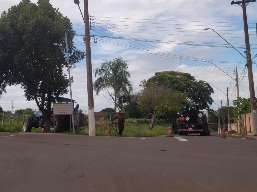 Prefeitura de Ourinhos inicia recape na Rua Júlio Mori, no Jardim Ouro Verde e em ruas do Parque Pacheco Chaves